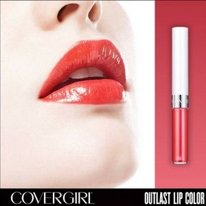 COVERGIRL • Outlast® All-Day Lipcolor in 'Red Hot'